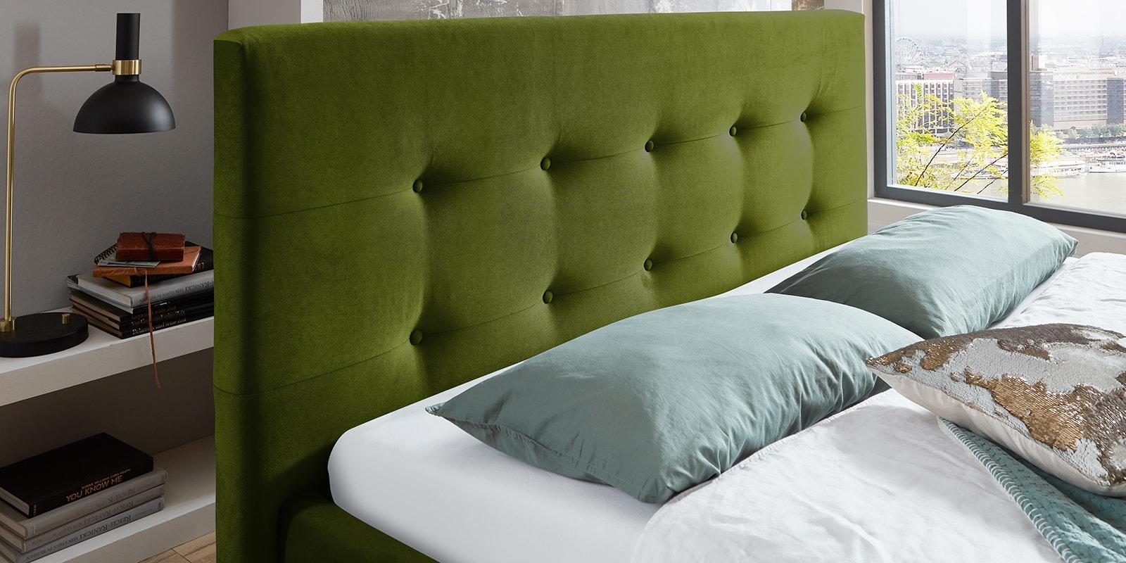 Moebella24 - Bett - mit - Bettkasten - Betty - Samt - Oliv - Stauraum - Kopfteil - mit - Knopfheftung- Bettkasten
