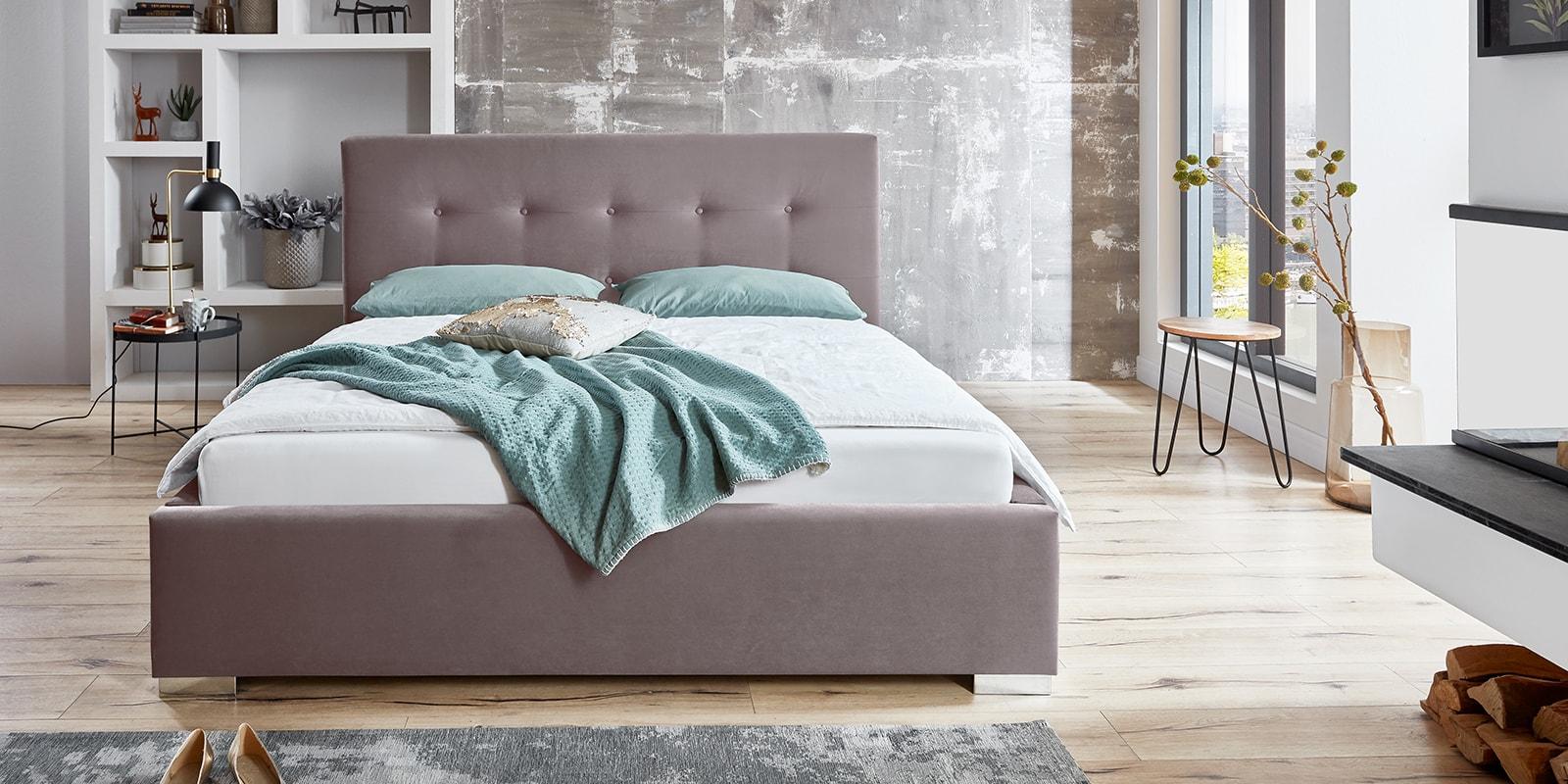 Moebella24 - Bett - mit - Bettkasten - Betty - Samt - Rose - Stauraum - Kopfteil - mit - Knopfheftung- Bettkasten - Frontal