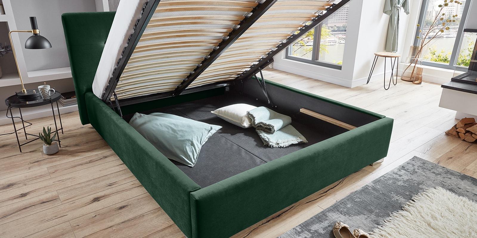 Moebella24 - Bett - mit - Bettkasten - Betty - Samt - Smaragd - Stauraum - Kopfteil - mit - Knopfheftung- Bettkasten - Geöffnet