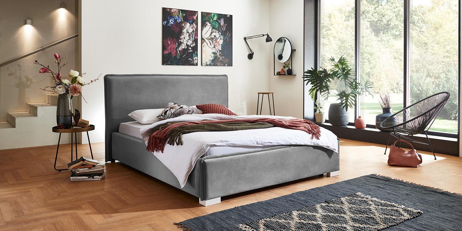 Moebella24 - Bett - mit - Bettkasten - Sofia - Samt - Grau - Stauraum - Kopfteil - Von - vorne - links