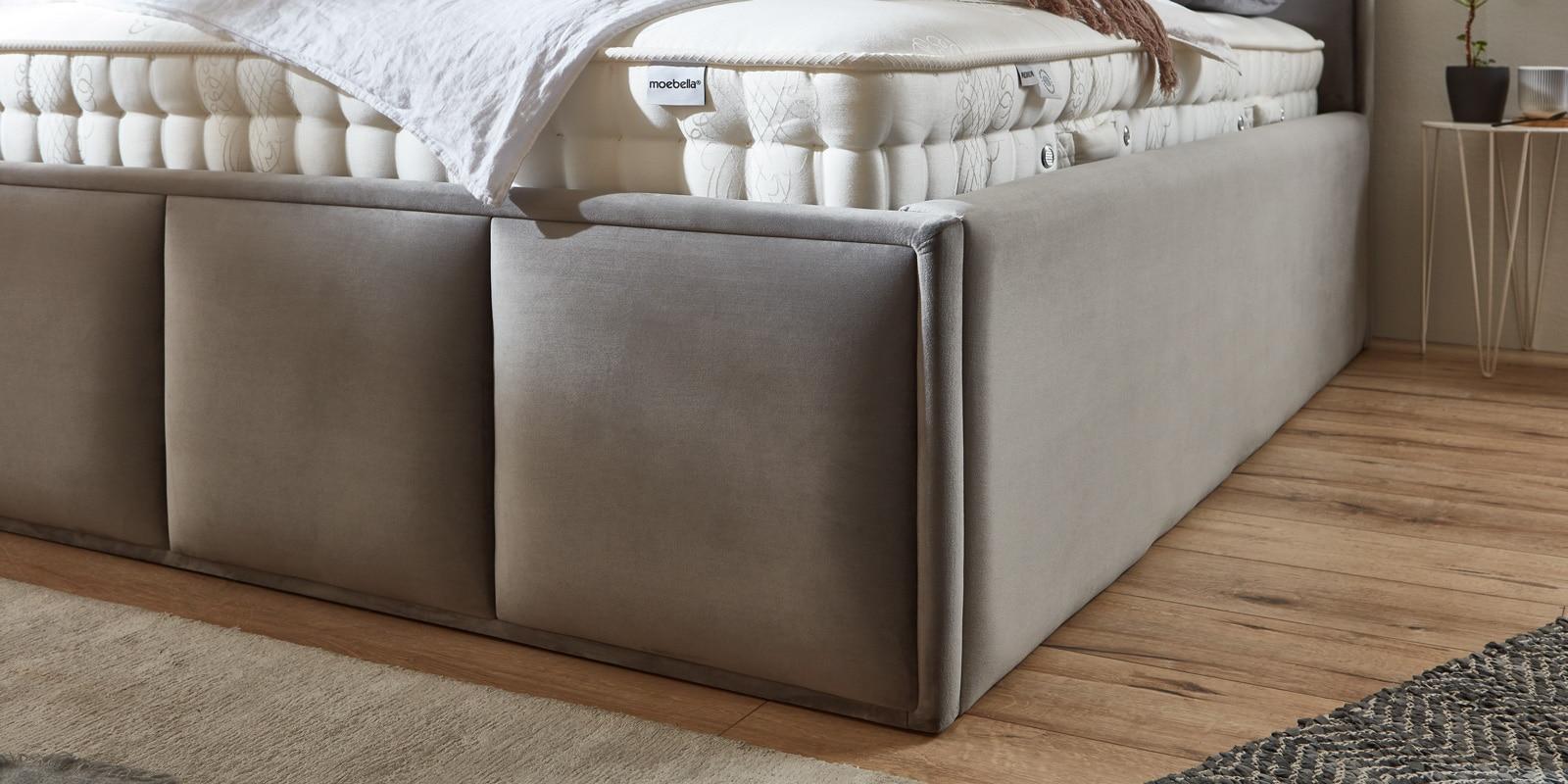 Bett mit Bettkasten Neptun XXL Samt grau Stauraumbett Detail Fußblende