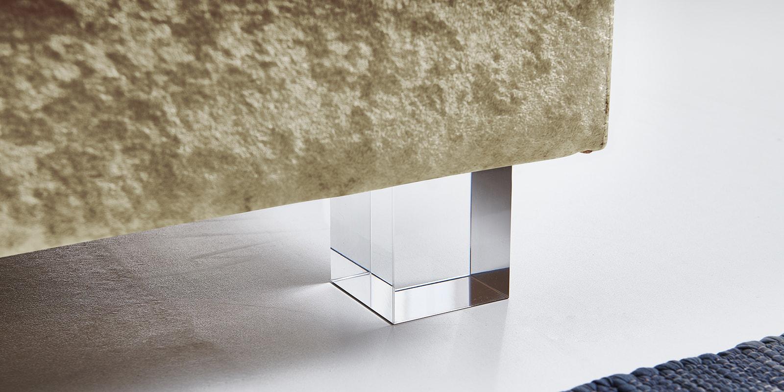 Moebella24 - Boxspringbett - Gold - Samt - Acryl Füße eckig - Glas Optik