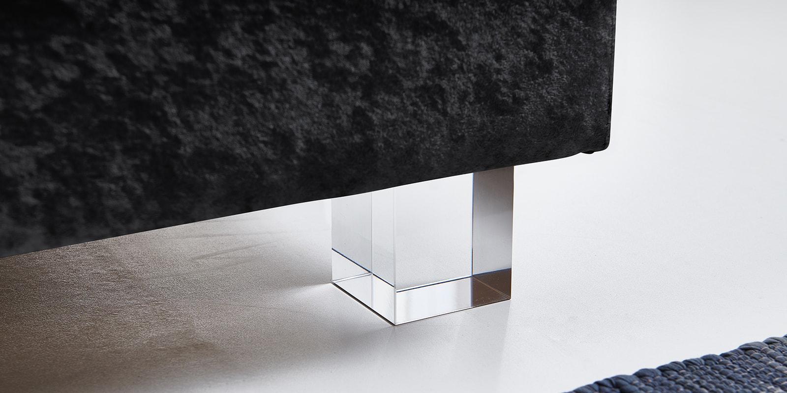Moebella24 - Boxspringbett - Schwarz - Samt - Acryl Füße eckig - Glas Optik
