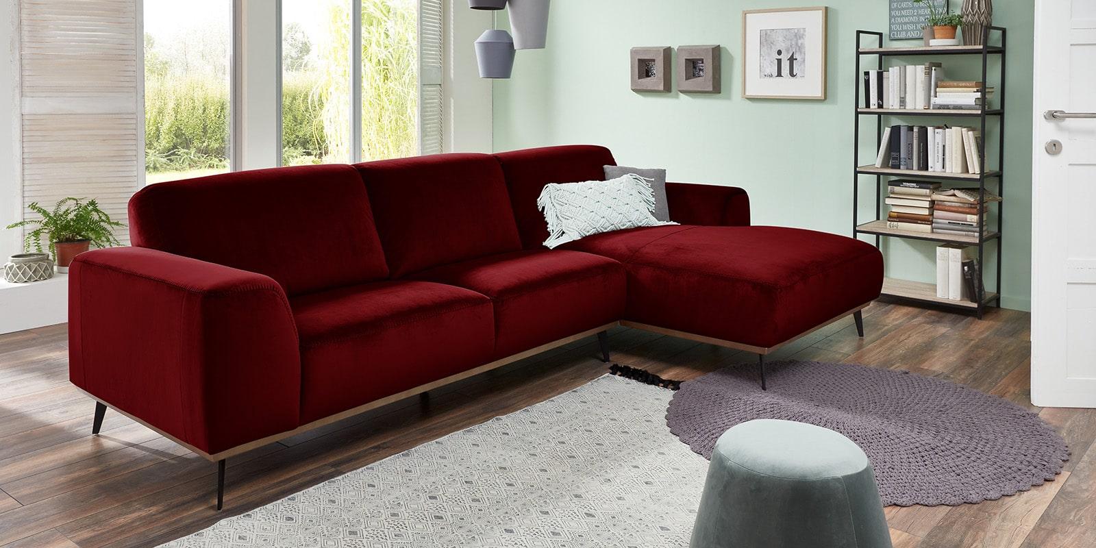 Moebella24 - Ecksofa - mit - Ottomane -Barcelona - Samt - Rot - Skandinavisches - Punto - cavallo - Nähte - Elegante - Füße